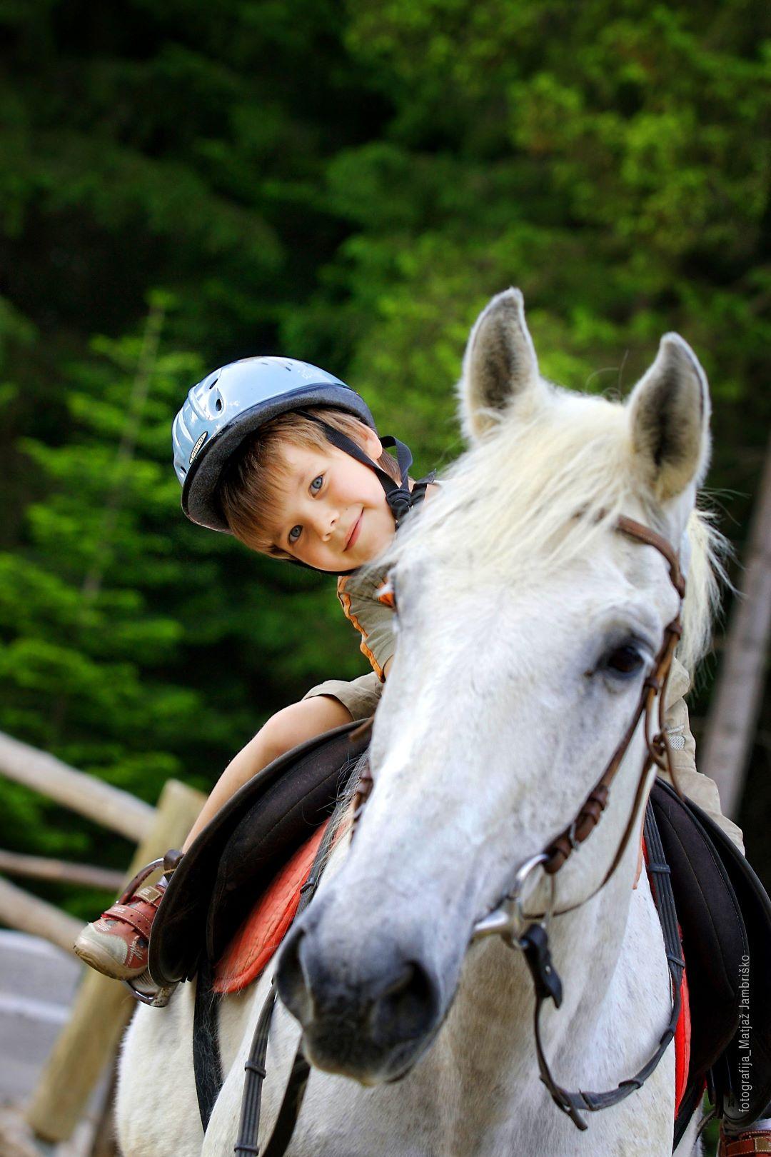 ranč kaja in grom otroci 13